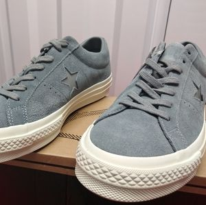 Converse One Star OX. New. Men's Size: 11